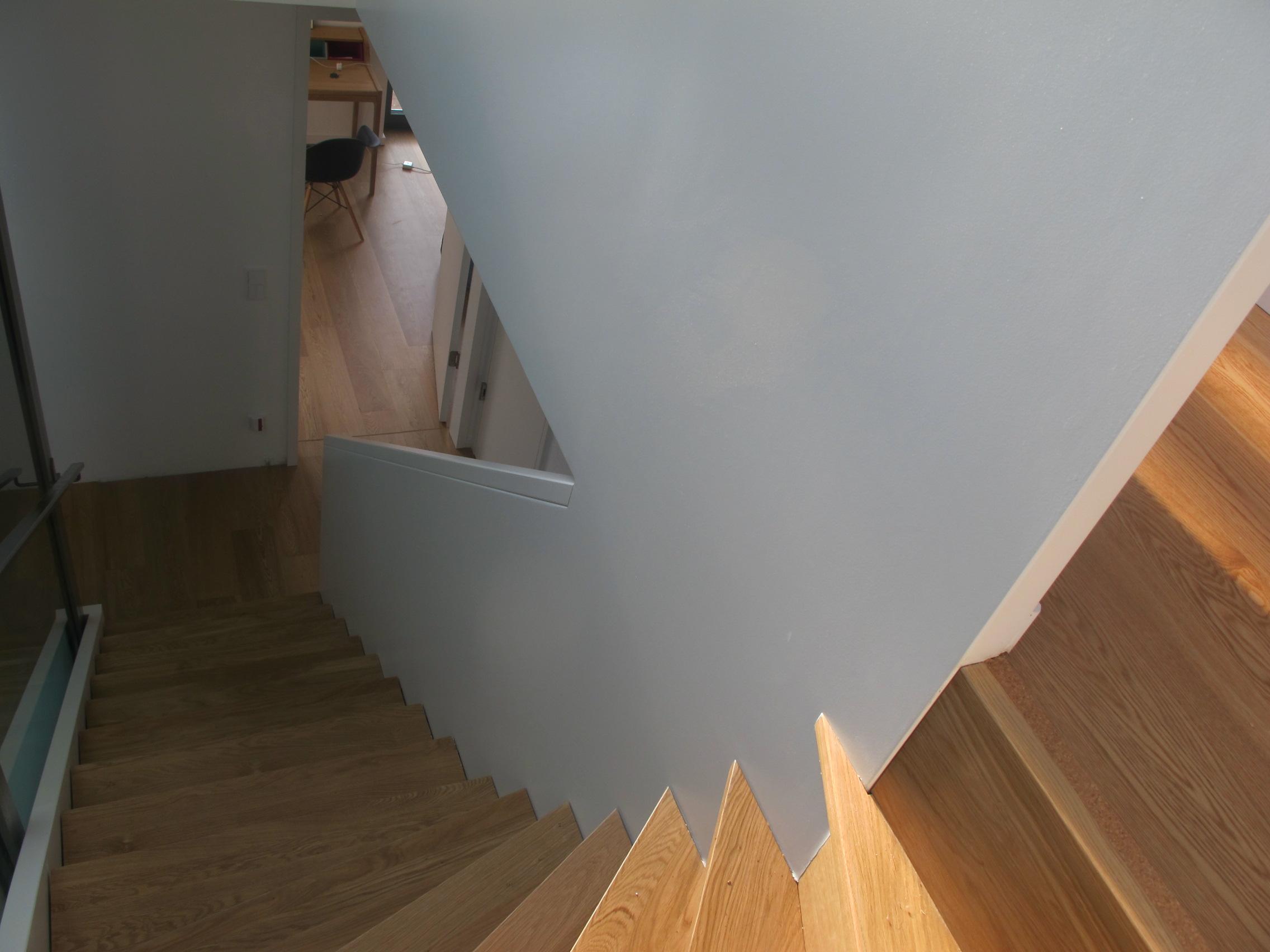Treppengeländer Holz Geschlossen ~ Treppen aller Art aus Holz fertigt die Tischlerei Janssen in Berlin